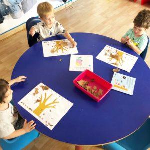 nens-pintant-tardor